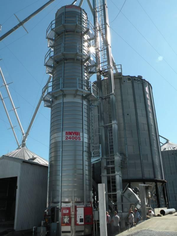 Used Meyer Me2400 Grain Dryer